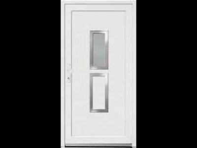Vchodové dveře P5